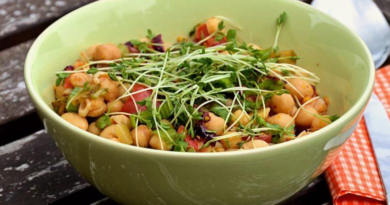 Veganer Kichererbsen Salat