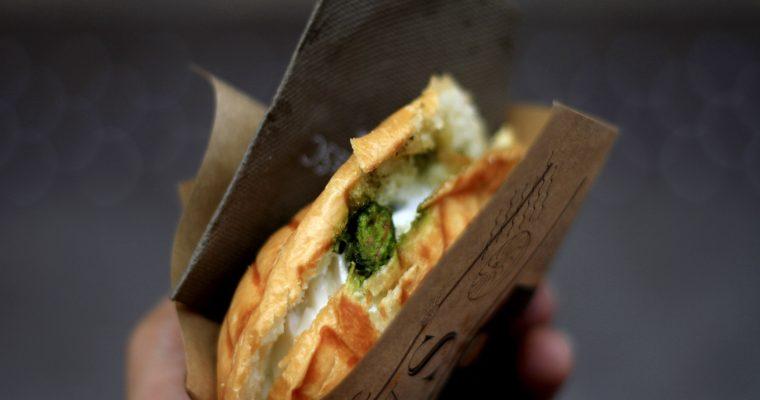 Leckeres Käse-Spinat Sandwich