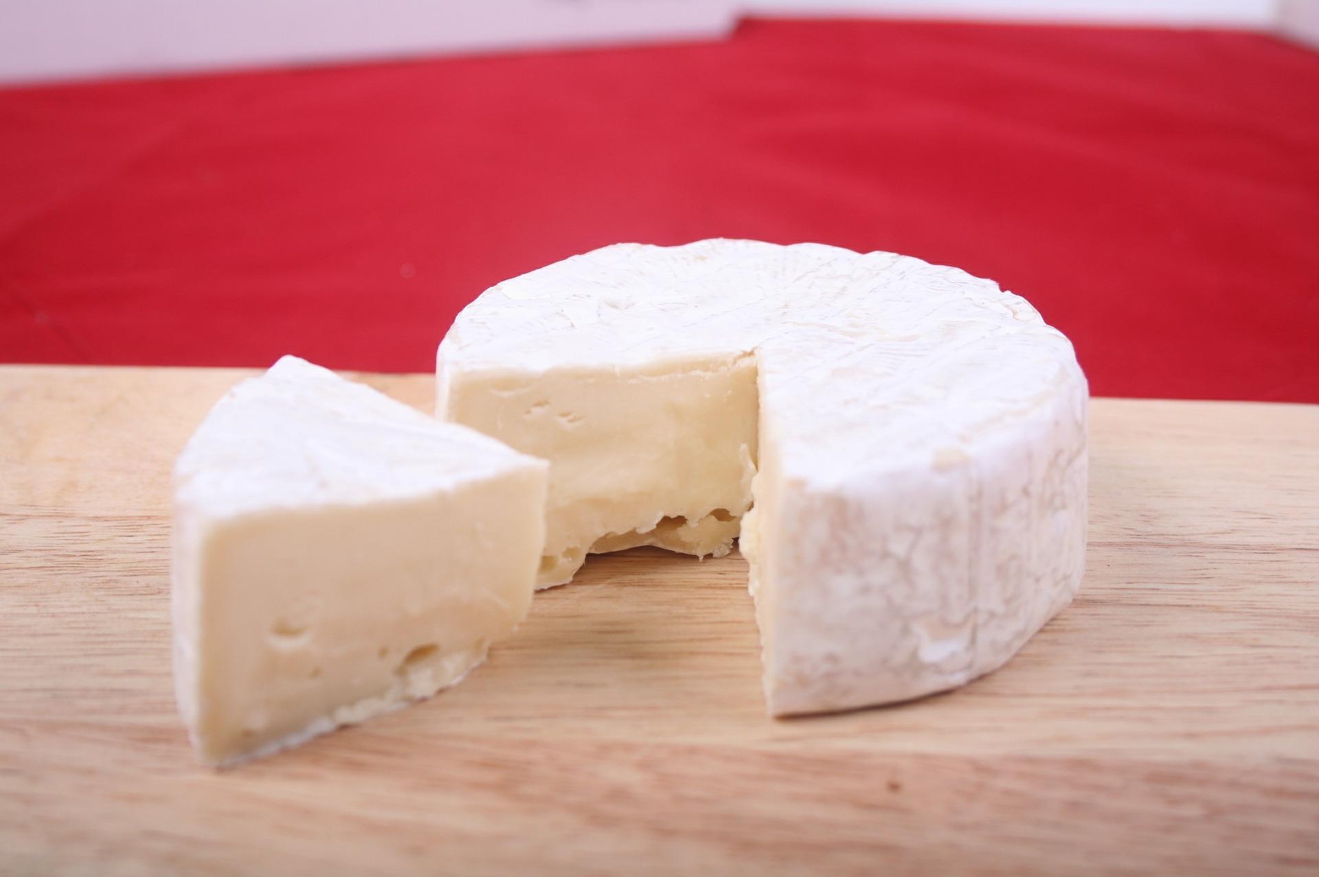 1 kg selbstgemachter Käse aus 2 L Milch