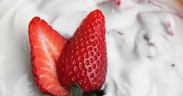 Quark-Auflauf mit Erdbeeren